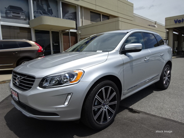 Volvo Xc60 Bright Silver Metallic – Idea di immagine auto
