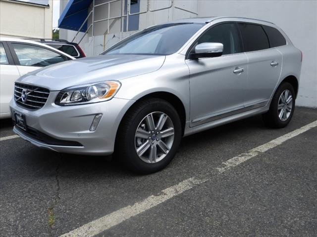 Volvo Image Gallery 2016 Volvo Xc60 T6 Awd Bright Silver