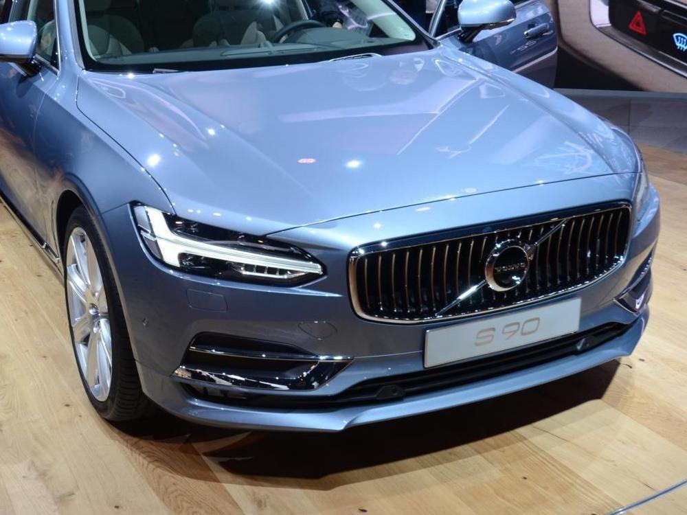 Volvo S40 Blue 2018 Volvo Reviews